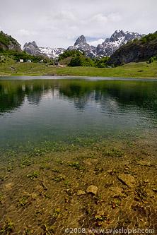 Bukumirsko jezero by Vladimir Popović